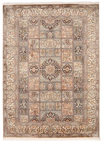 Kashmir 100% Silkki Matto 176X246 Itämainen Käsinsolmittu Vaaleanharmaa/Ruskea (Silkki, Intia)